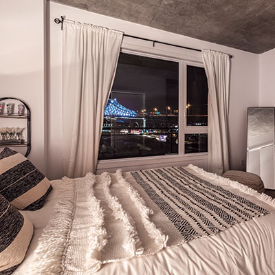 Chambre à coucher avec vue sur le centre-ville